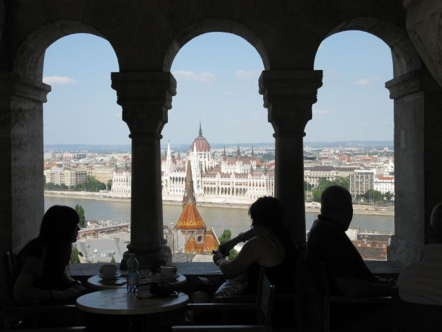 View_Parliamen_Aparthotel_apartment_hotel_in_Budapest_group_accommodation
